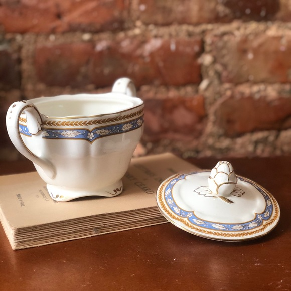 Marlborough Royal Petal Grindley England Stash Jar